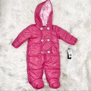 NWT Steve Madden Baby Snowsuit size 3-6m
